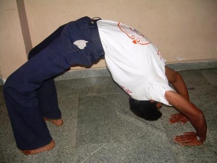 Uddhithadanurasana
