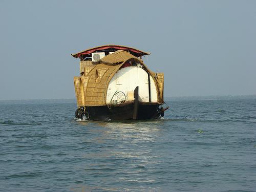 Kerala houseboats cruise
